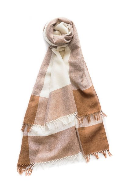 Alpaca Baby Royal – Framed Stoles